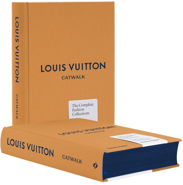 Book - Louis Vuitton: The Complete Fashion Collections